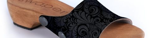 Swapers Schuh Black Fleur